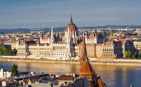 Wyjazd integracyjny do Budapesztu- 4 dni -Samolot